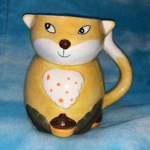 Great Gatherings Yellow Fox mug with acorn